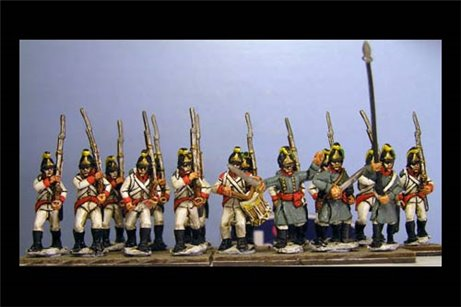 German Infantry in Helmet Marching  (3 Command & 9 soldiers in 12 figure pack)