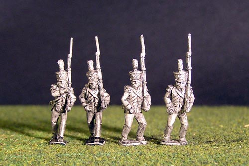 2nd Rgt Voltigeurs Marching Plume & Epaulettes