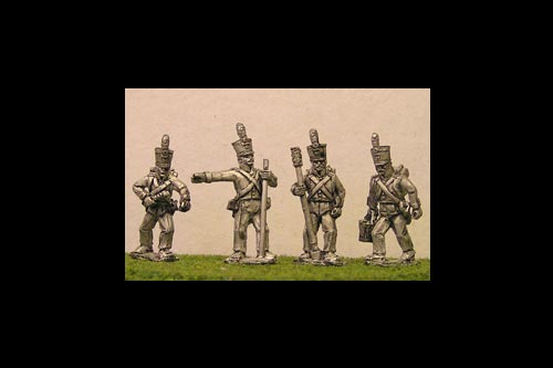 Dutch / Belgian Foot Artillery Crew 8 figures total with 4 variants  2 of each)