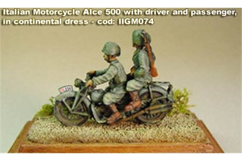 Motorcycle Moto Guzzi Alce 500 with 2 Bersaglieri riders