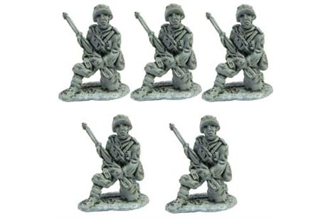 Line Infantrymen kneeling waiting for