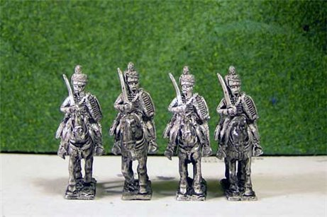 British & 1st KGL Hussars at Rest Sword on Shoulder x 4 (2 variants)