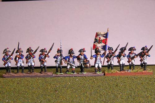 Fusiliers with Grenadier Advancing in Bicorne (1791-1808) Full Dress