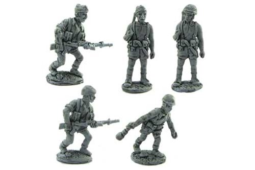 Parachutist of Folgore in different positions 2 (officer included)